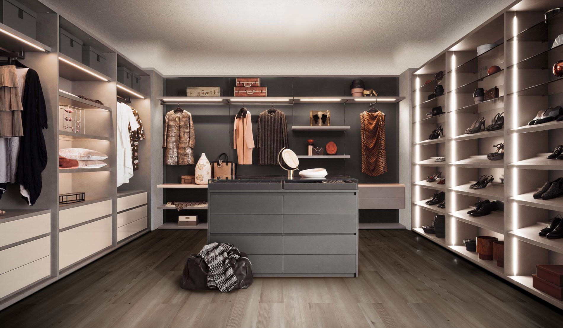 RM Living Cincinnati Contemporary Pianca Closet Interior Design